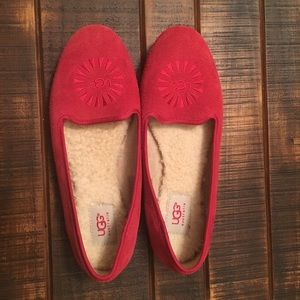 UGG   Red Loafers